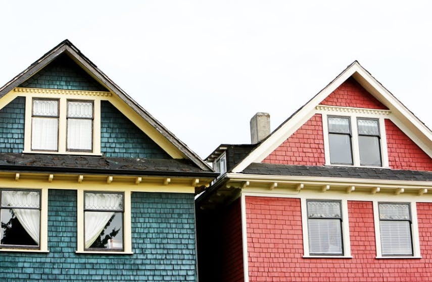 How to buy a new house without going into debt