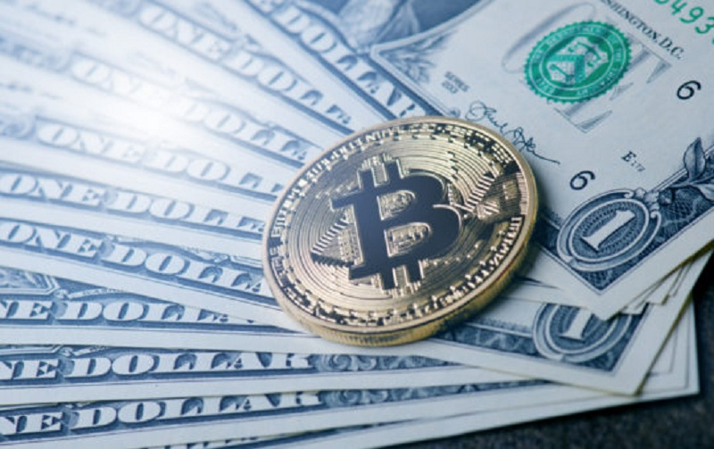 HODLing Bitcoin – Is It The Best Way To Make Money With Cryptos?