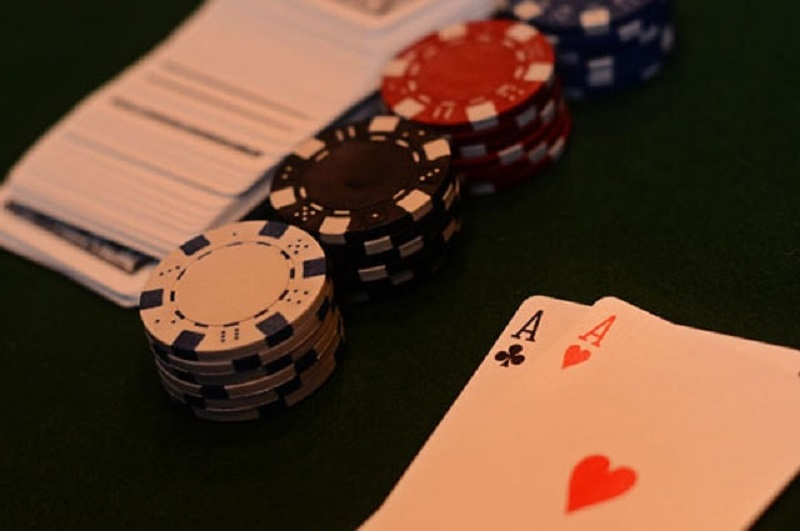 Tips to improve your winning at the online poker games
