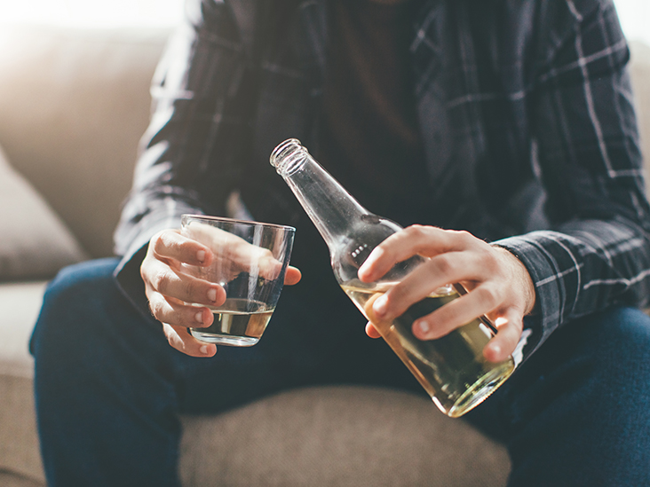 5 Essential Tips for Detoxing From Alcohol
