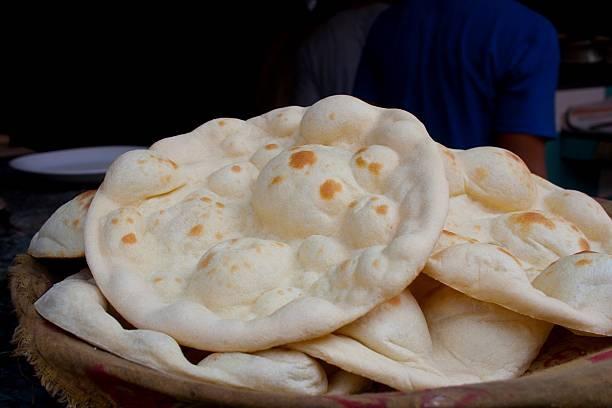 What is Khamiri roti?