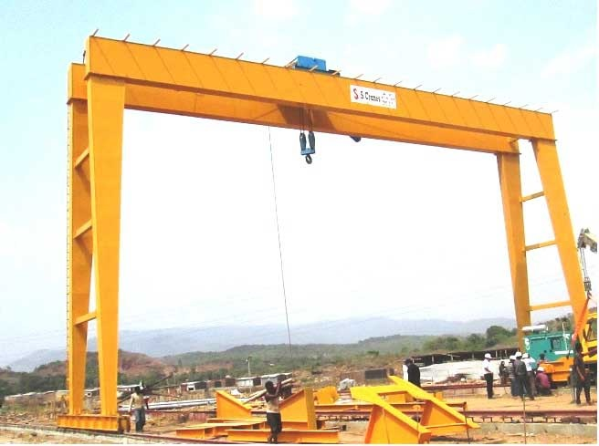 Lift The Heavy Loads Via Using Jib Cranes