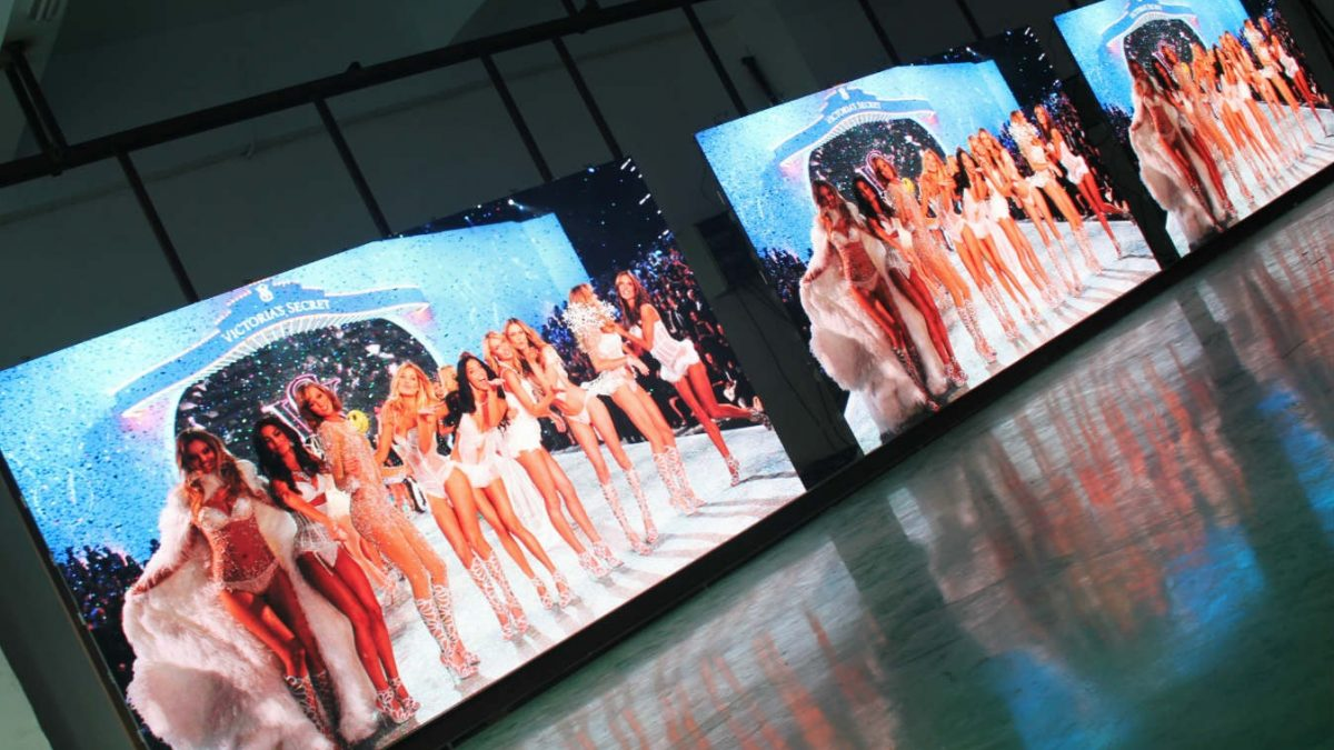 Why Should You Rent a LED Display?