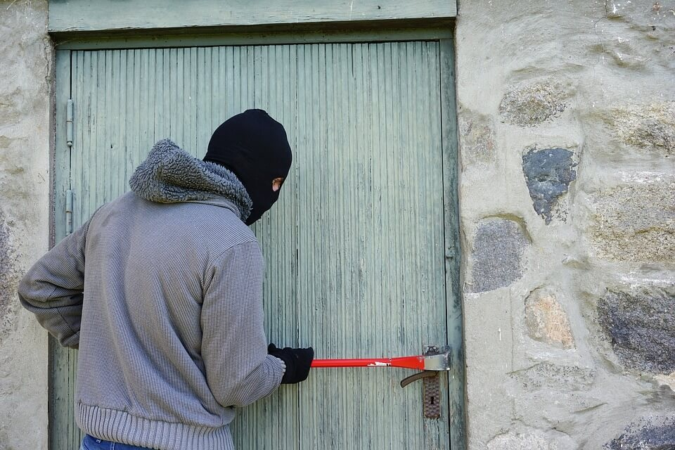 Tips to Secure Vacant Property in Bristol