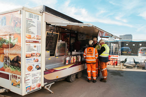 Mobile Catering: Secure Authorizations and Licenses