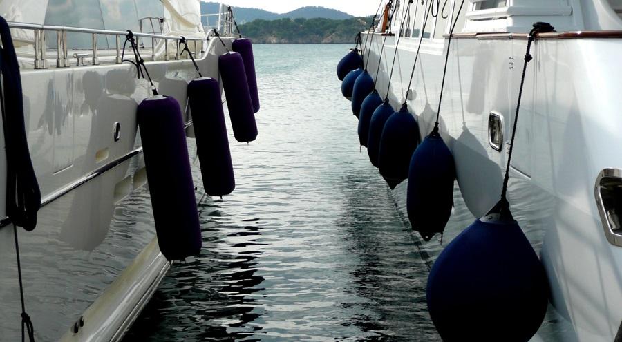 Choosing the Perfect Boat Fenders