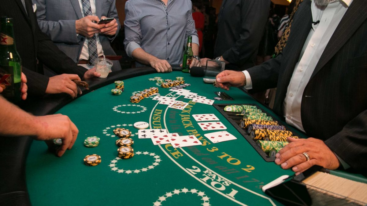 Decide the Better Variant & Play Free Blackjack Online –