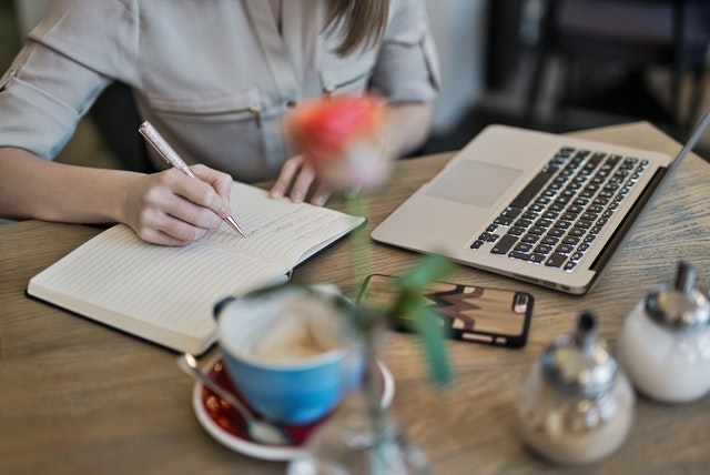 How To Conduct A Job Search Online | A Five-Step Guide- Receptix