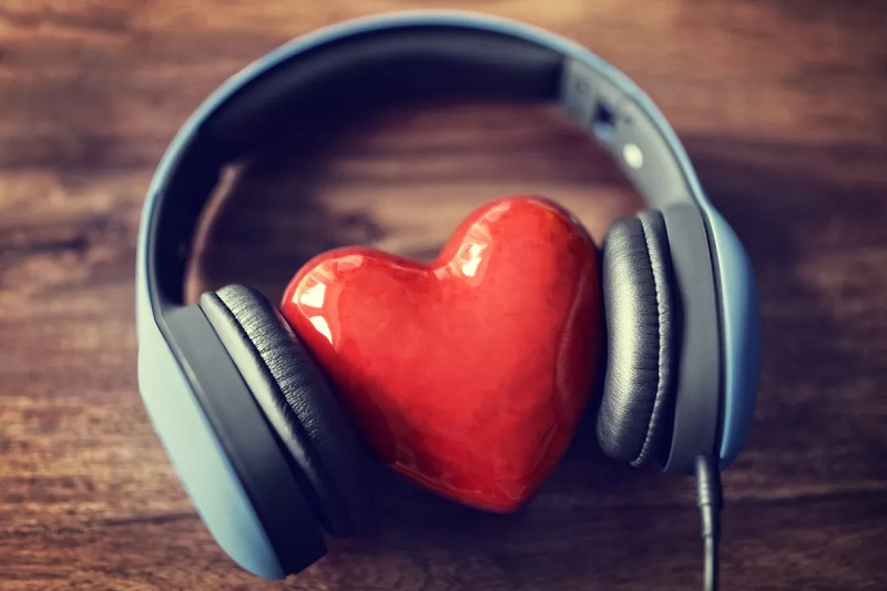 A brief insight of the different ways of listening to your favorite songs