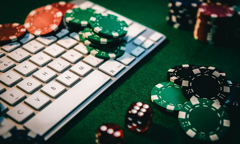 Find out Just How to Play Online Poker: Free Online Policy Guide