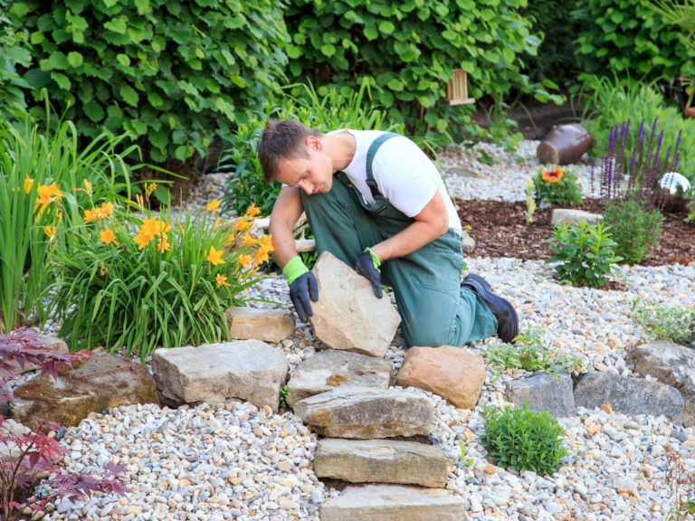 How To Hire a Landscaper