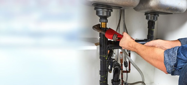 What to look for in a professional plumber?