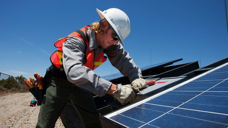 Getting Solar Gold Coast from Solar Companies Tips