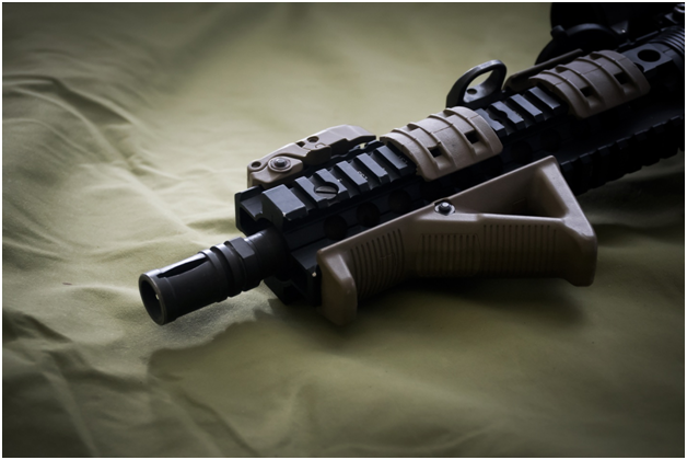 Best choice for your rifles: Is it handgrip or rifle hand stops?