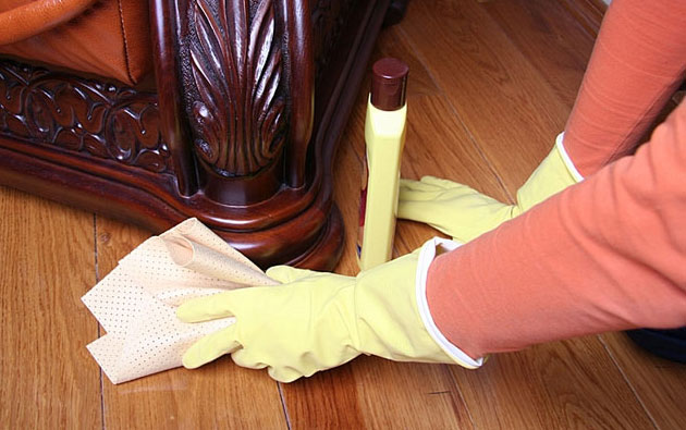 How to maintain Wooden Furniture?