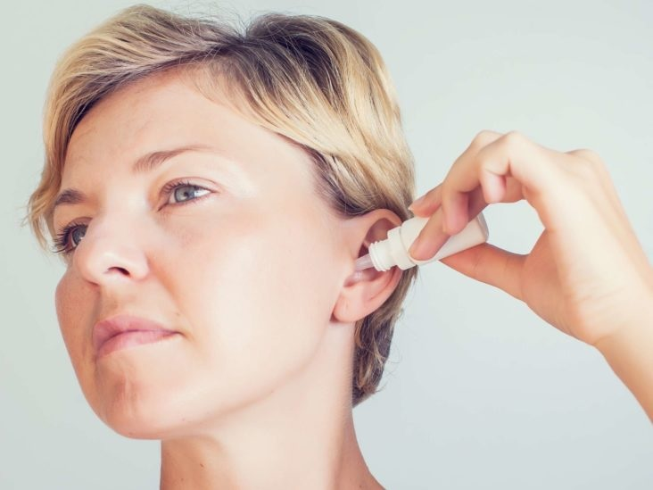 Home remedies that help in removing ear wax