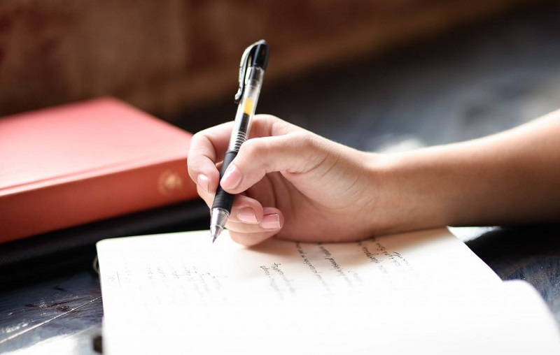 Writing Essay is Not Simple: Have the Best Ideas