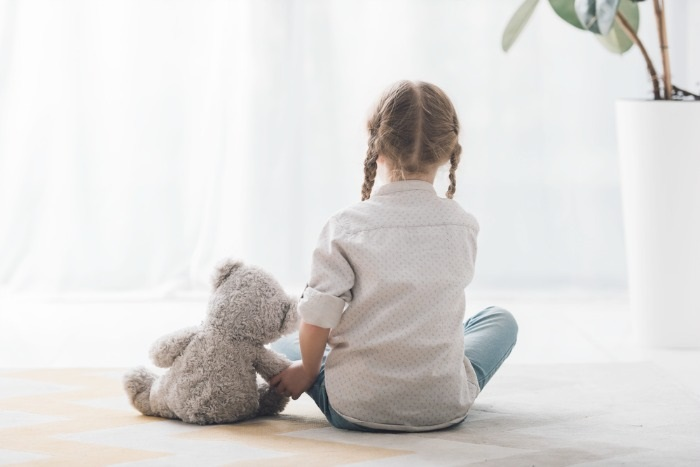7 Ways How To Help A Child Grieving The Loss Of A Mother