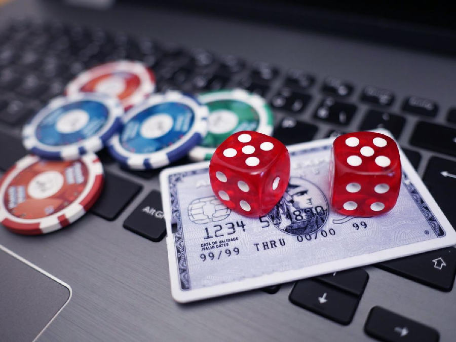 Why Is Online Gambling So Popular?