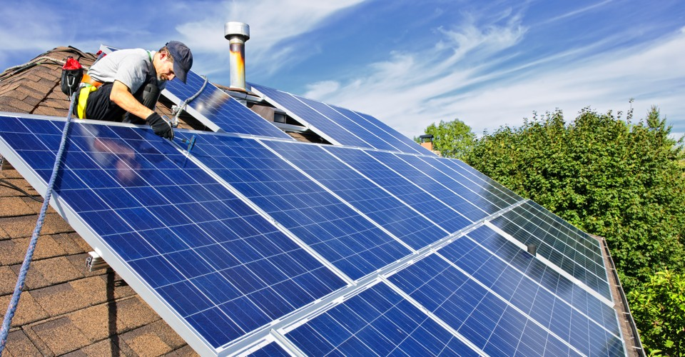3 Key Differences between Commercial and Residential Solar Setups