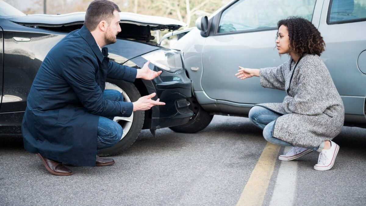 When do you need to hire a car accident lawyer?