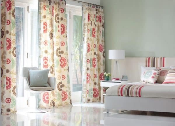What are the top curtains trends today?