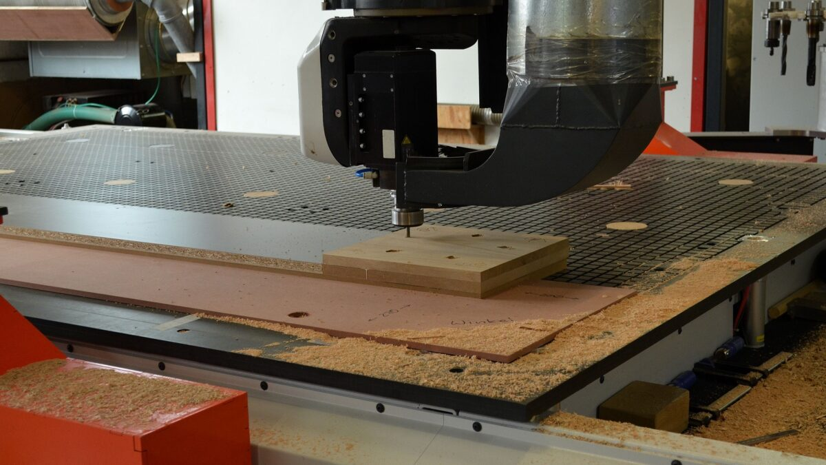 What You Need To Know About Wood Router Machines