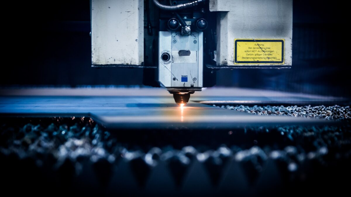 Safety Tips to Keep in Mind When Using a Laser Cutter