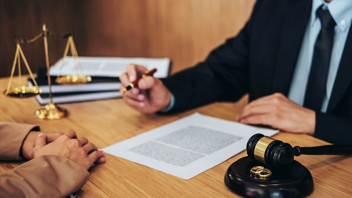 Choosing the Best Lawyer For Your Divorce