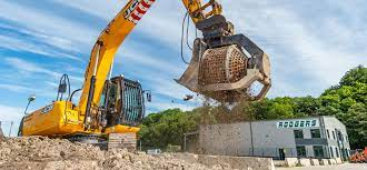Tips to consider when hiring heavy equipment for your plant