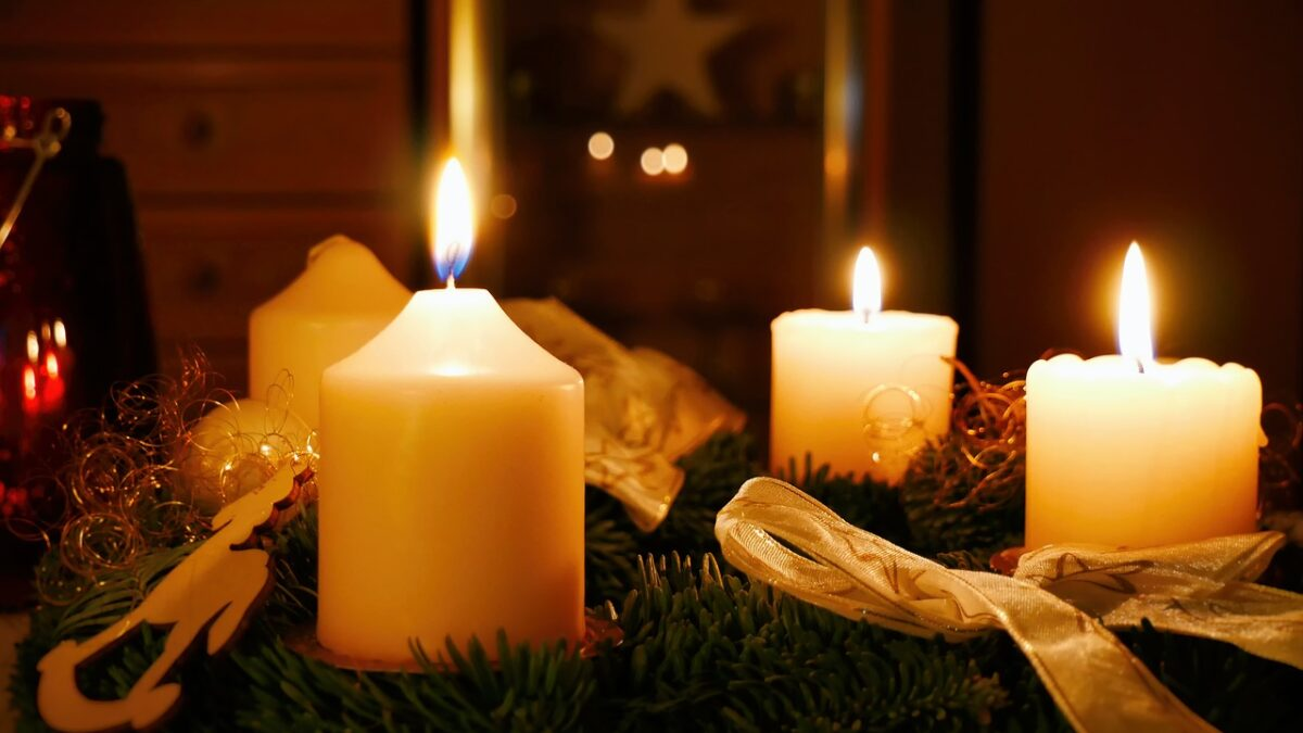 How To Celebrate the Holidays While Remembering Our Dearly Departed