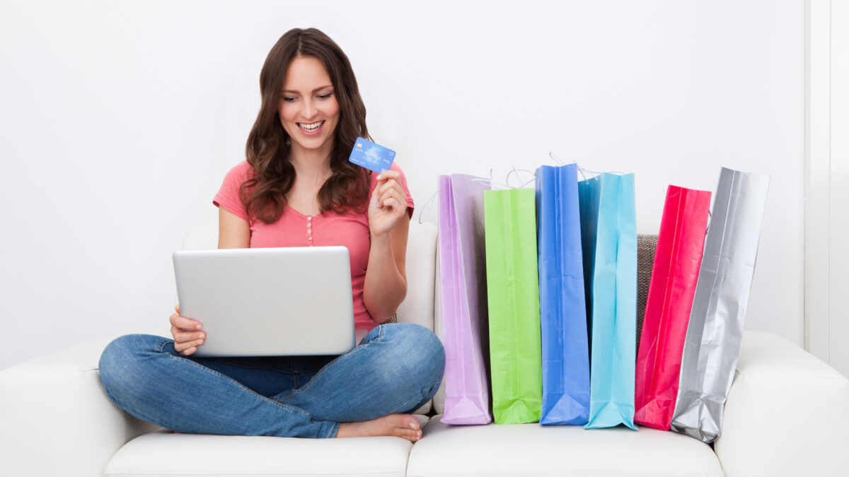 Why Do People Love To Shop Products And Services Online?